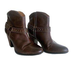 Sofft Noreen Booties ~ Brown Western Harness